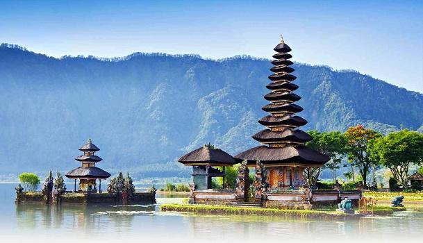 Đền ULun Danu, Bali